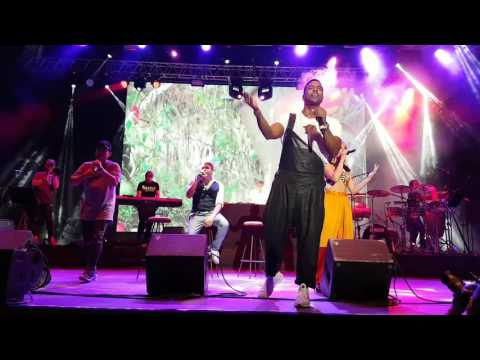 Himno de Cuba con Beatriz Luengo. Orishas. Parte 11. Concierto en Madrid. 2017