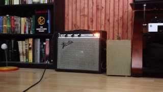 Baixar Sound test of '73 Fender Champ with all new JJ Electronics tubes.