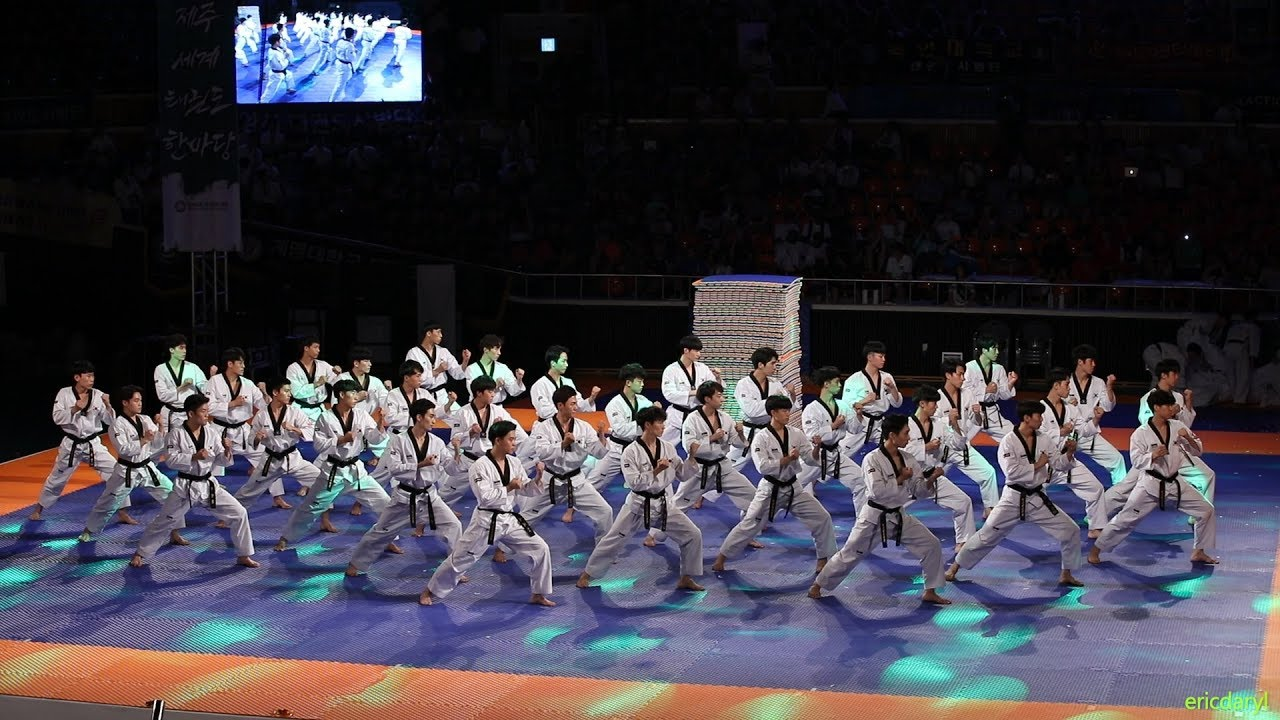 Download 2018 제주 한마당 Jeju World Taekwondo Hanmadang,Opening Ceremony,Kukkiwon Demonstration Team 국기원,国技院