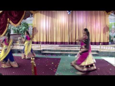 Dance Dholida Dhol Re Vagaad  Girls