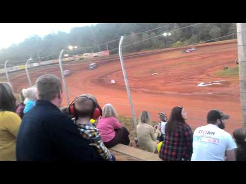 Limited late model hot laps tri county racetrack