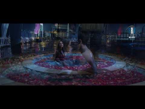 Labon Se Labon Ki | Bollywood DIVA - Sara Khan | Hindi Movie Song