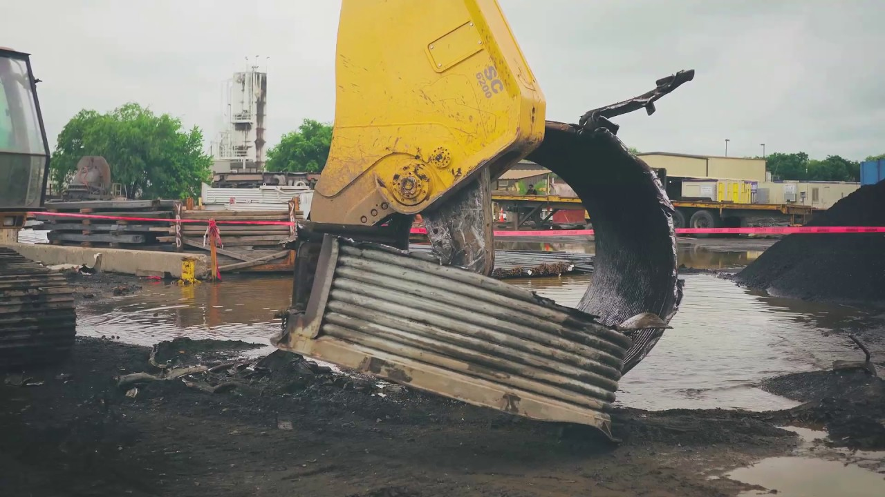 Hydraulic shears for excavators | Epiroc