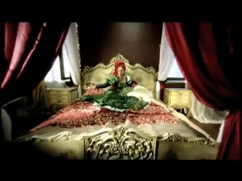 Zeynep Casalini - Refakatçi mp3 indir