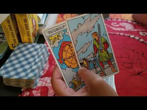 Aquarius - June 2018 - Wheel of Unfortune? - Love reading