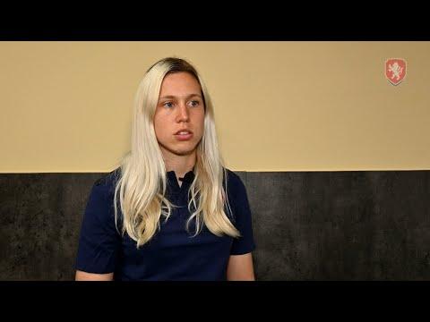 ŽENY A | Kateřina Svitková na začátku srazu