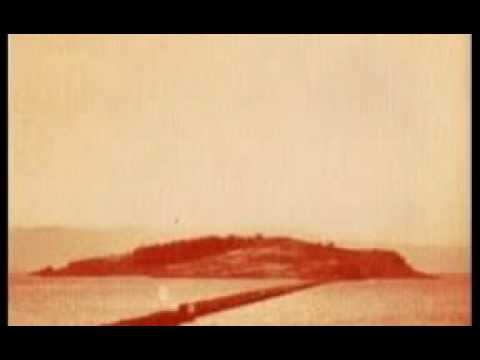 Flying Saucer Attack - Sally Free And Easy
