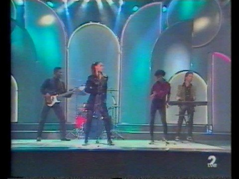 Kim Appleby - G.L.A.D. (Spanish TV Show)