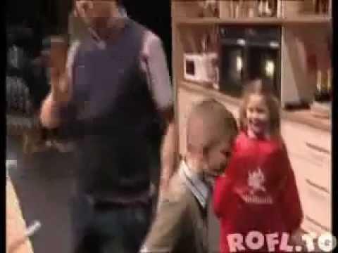 Junge Kotzt Bei Tim Mälzer Youtube