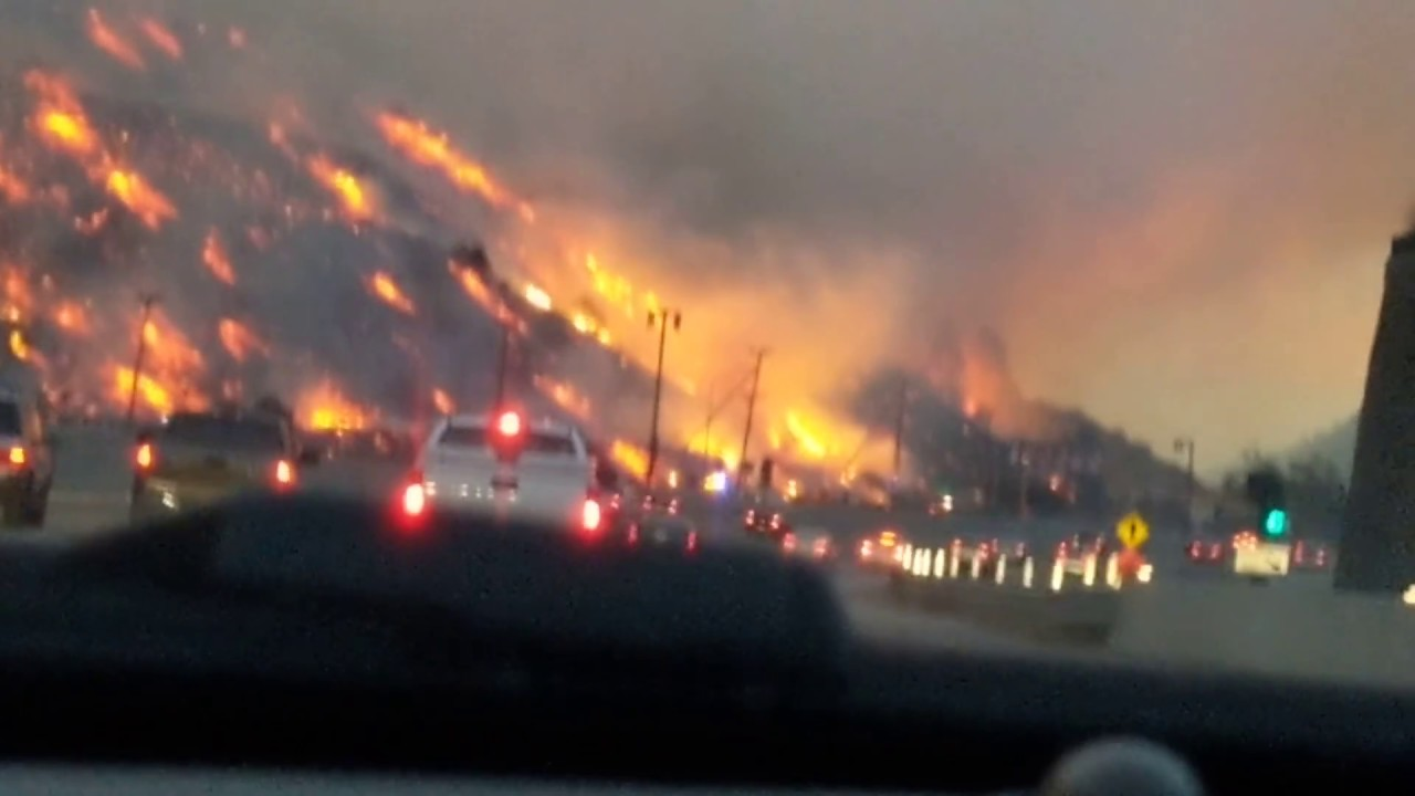 Fire on the 405 Freeway on the Sepulveda Pass