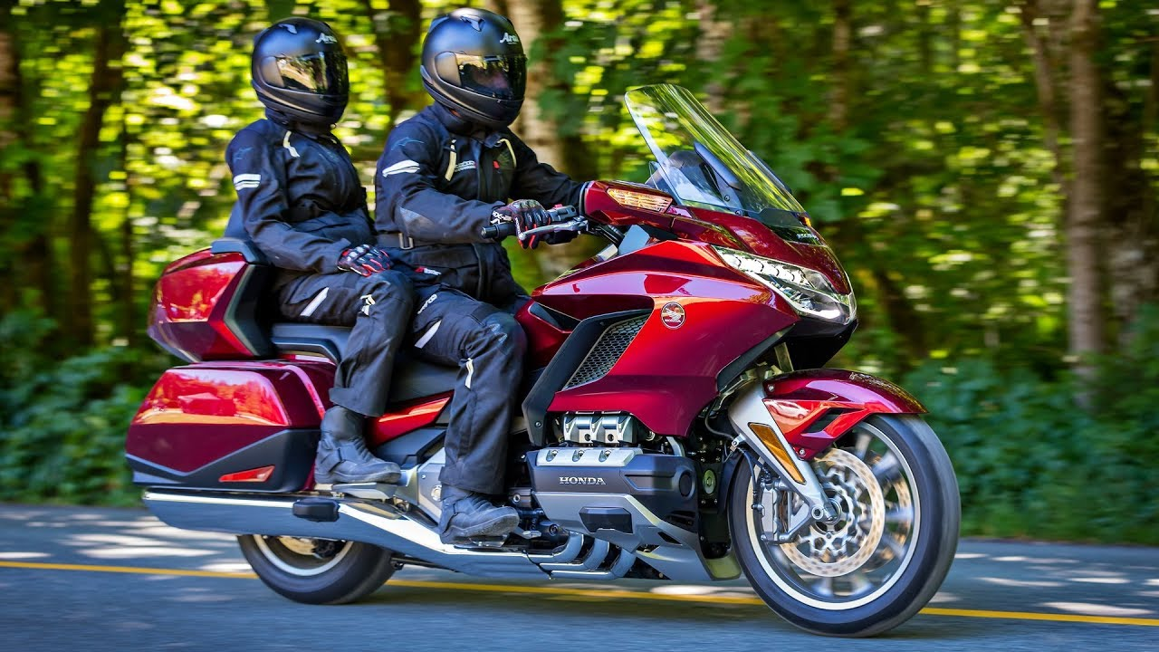 Honda Gold Wing (2018) Features, Design, Accessories