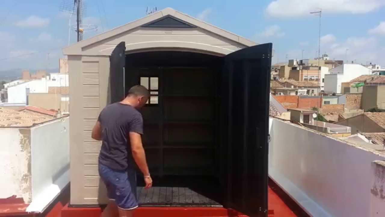 Montaje de caseta trastero de resina en la terraza youtube for Caseta exterior resina