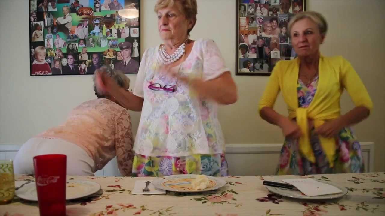 golden sisters twerk like miley youtube