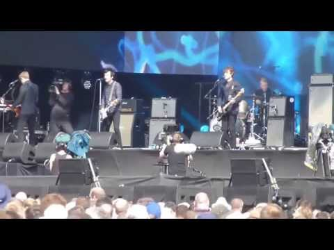 Johnny Marr Live at Hyde Park BST 2015 - 1 of 2