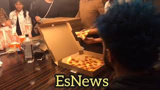Mikey Garcia and family eating pizza 3am after Spence fight