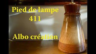 PIED DE LAMPE EN CHENE ET BAUBUCHE. 411
