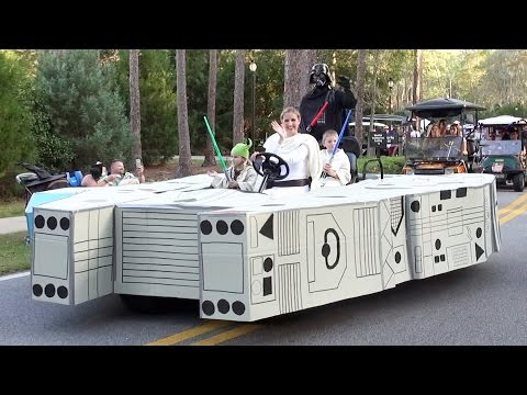 Disney's Fort Wilderness Halloween Golf Cart Parade 2015, Incl. Millenium Falcon, Monorail, Minion