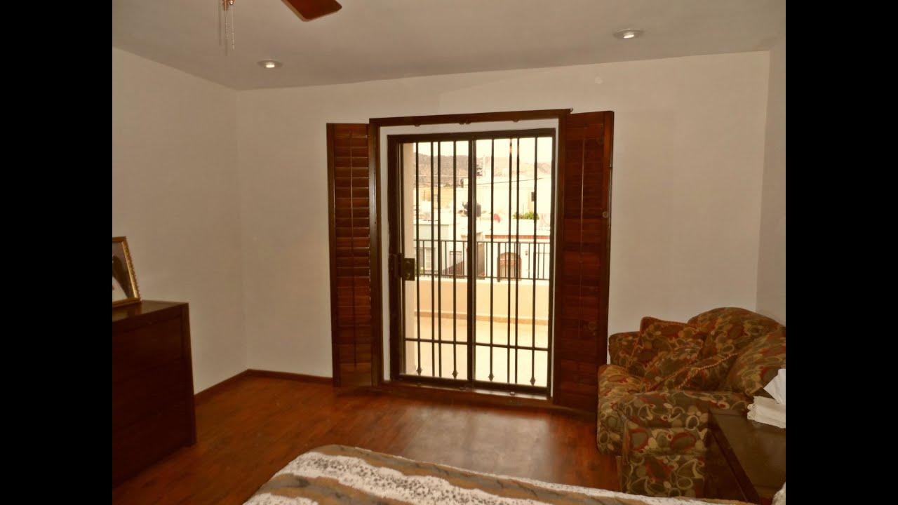 Shutters de madera para puerta jardin o balcon youtube - Persianas para balcones ...