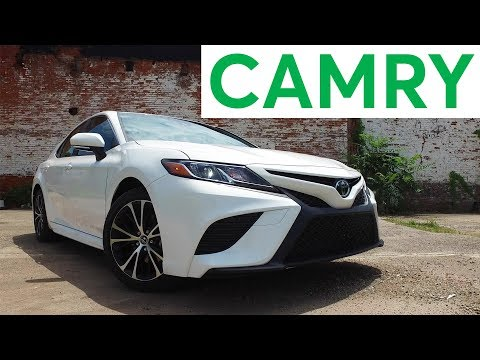 4K Review: 2018 Toyota Camry Quick Drive | Consumer Reports