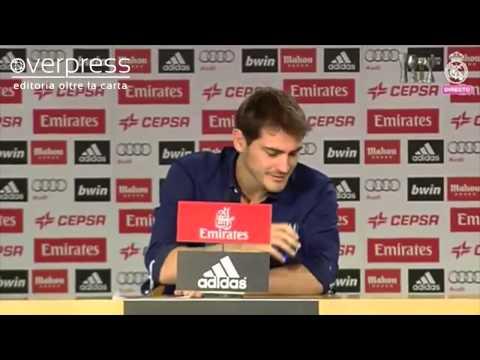 Iker Casillas in lacrime durante l'addio al Real Madrid - OverPress