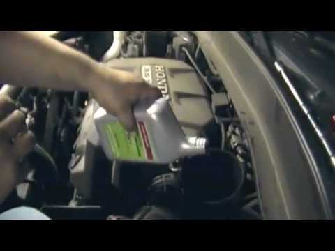 How To Perform The Honda A136 Service On An 07 Honda Ridgeline Part 2 Transmission Service