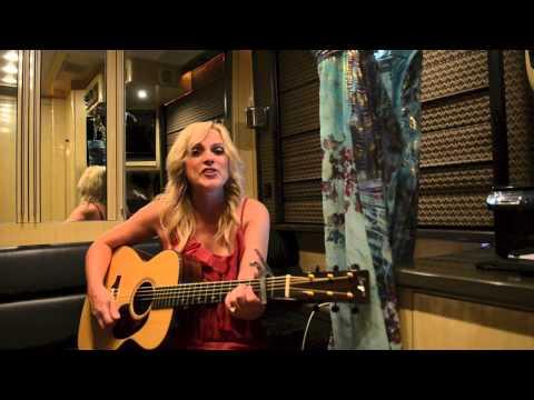 Honky Tonk Angels - Rhonda Vincent sings Kitty Wells
