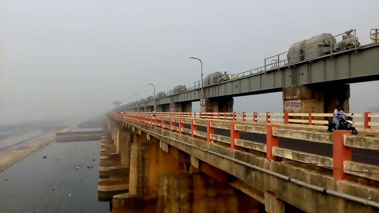 godavari-water-level-increases-dowleswaram-barrage