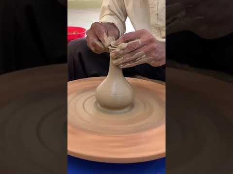 Making    Long necked flower vase   short video   on the potter's wheel💥❇️ #BENGALPOTTERY