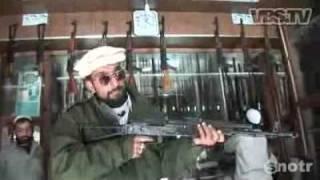 Repeat youtube video Gun making in Pakistan