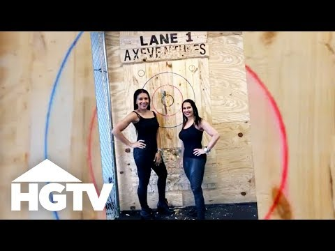 Page Turner Tries Axe Throwing in East Nashville - HGTV