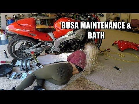 01 Hayabusa Oil Change & Chain Maintenance