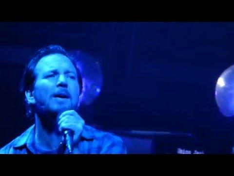 Pearl Jam - Angie / Oceans - Philadelphia (April 28, 2016)