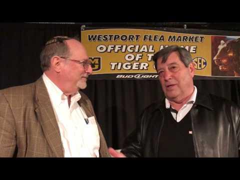 Nip Weisenfels Talks with Paul Blackman at the Tiger Club of KC