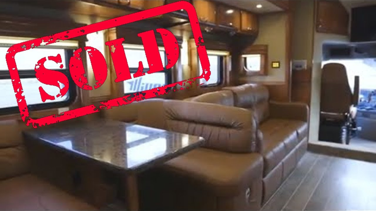 2019 Show Hauler Interior – 45 FT Freightliner Cascadia Chassis - IWS  Motorcoaches