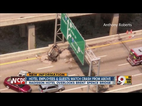 Hotel employees, guests watch Brent Spence Bridge crash from above