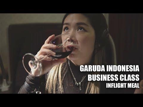 MUKBANG di BUSINESS CLASS GARUDA INDONESIA?? || not ad