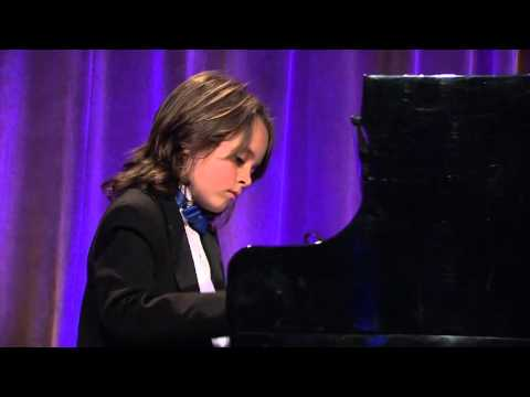 "Jacob Velazquez Performs Yanni's ""Felitsa"""