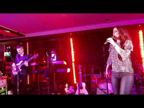 Lisa McHugh performing live Saturday 28th October 2017