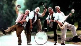 THE WURZELS COMBINE HARVESTER.wmv