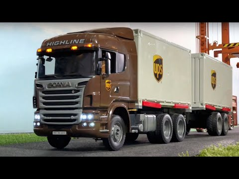 BRUDER Trucks UPS Container | FUN STORY | Jack City Affairs