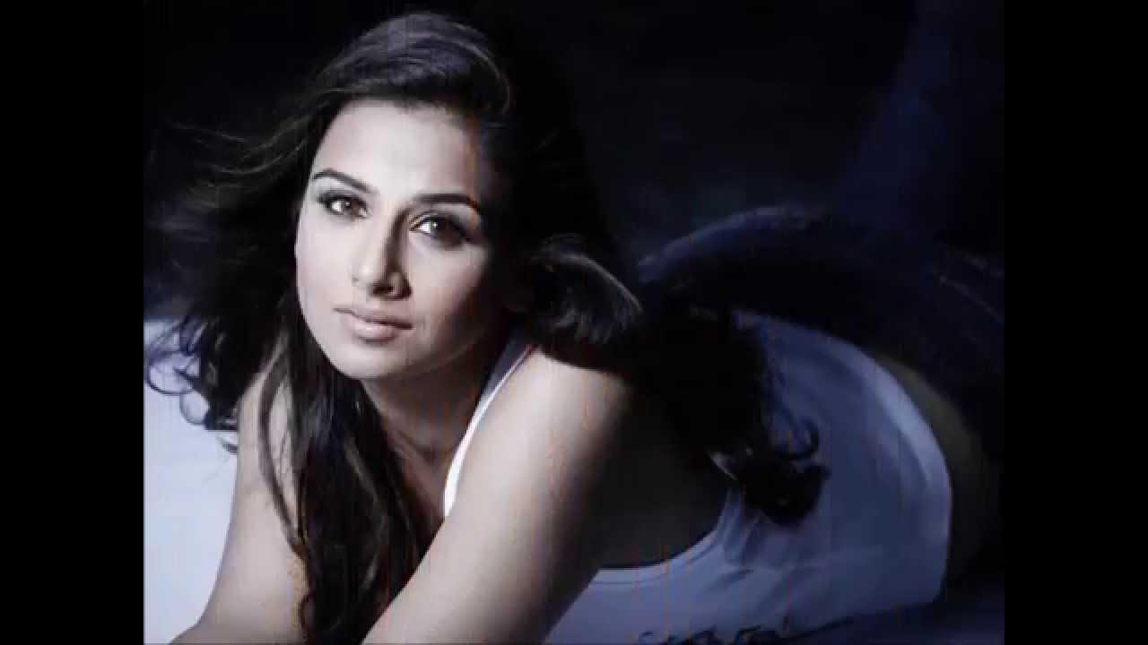 Vidya Balan Unseen Hottest Photos-Hot Vidya Balan - Youtube-8008