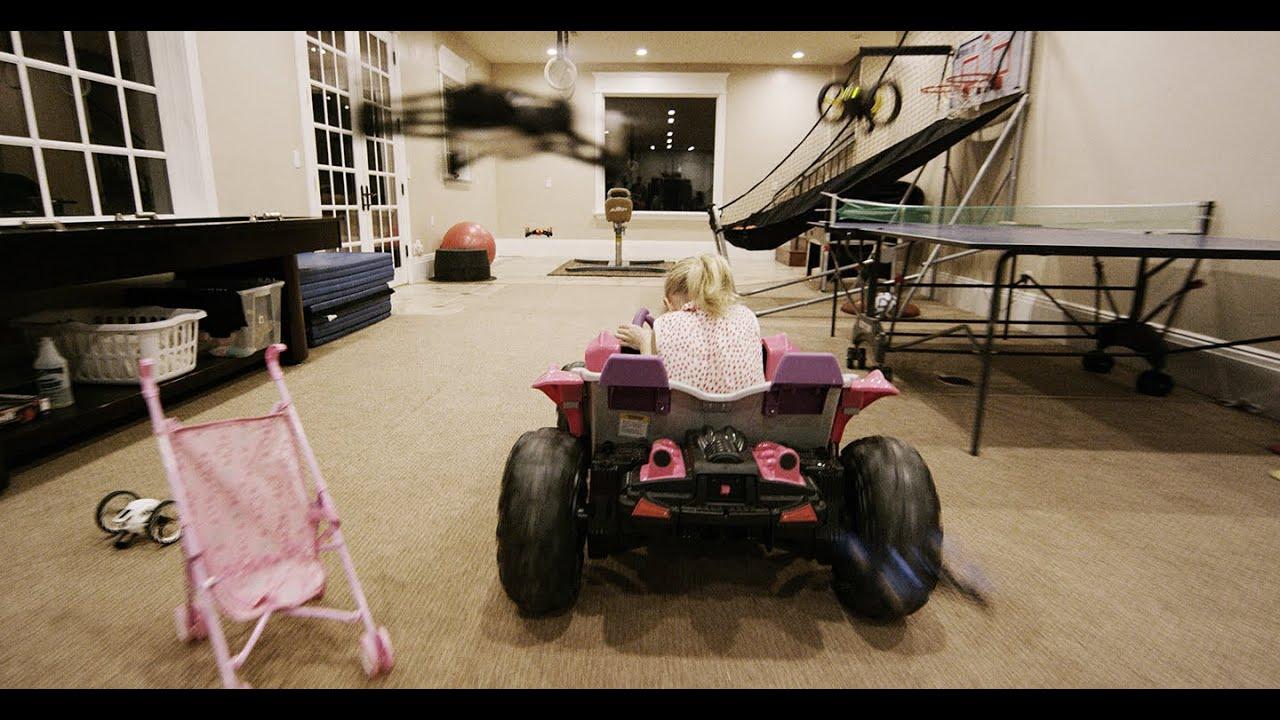 La Guerra dei Droni nella vita reale! Sorella Vs Fratelli In 4K - Parrot