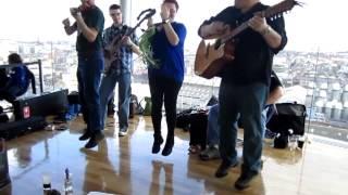 Sean Ryans Polka Live Acoustic (The Gravity Bar, Guinness Storehouse, Dublin 2013-04-04)