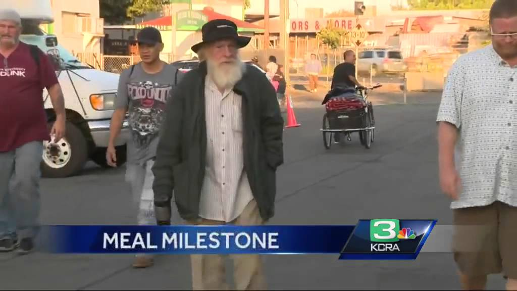 Loaves fishes celebrates serving its 7 millionth meal for Loaves and fishes sacramento