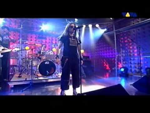 Avril Lavigne - Complicated - Live @ Viva Interaktiv [09.17.2002]