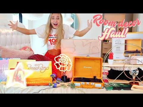 HUGE Urban Outfitters Room Decor Haul!