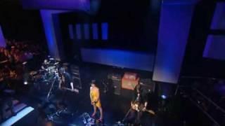 PJ Harvey... Who The Fuck (Live)