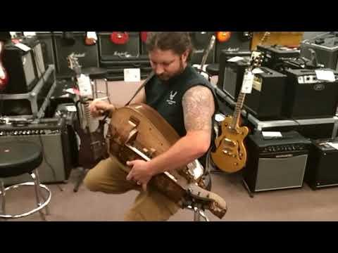 hurdy-gurdy-@-guitar-center-amarillo,-texas