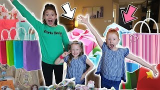 OPENING A HUGE AMOUNT OF AMAZING PRESENTS!
