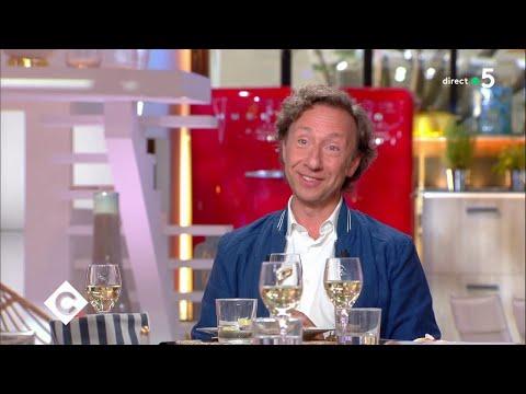 Les anecdotes d'Histoire de Stéphane Bern ! - C à Vous - 23/05/2018